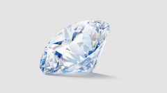 璀璨和闪耀:谁会选择荧光钻石