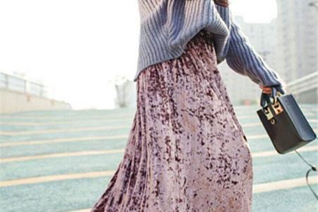 夏季的半身裙如何穿搭?3个小清新搭配技巧提升淑女气质