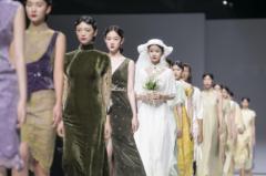 """""""荷言HEYEN""""亮相上海时装周,演绎诗意新国风的实穿艺术盛宴"""